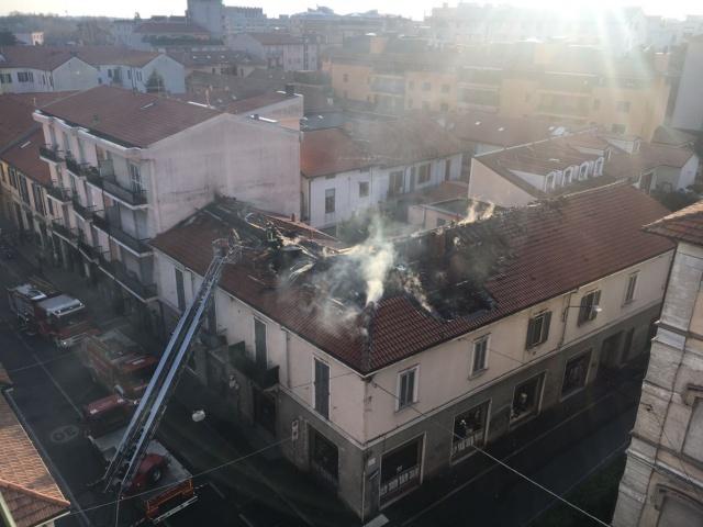Incendio Saronno