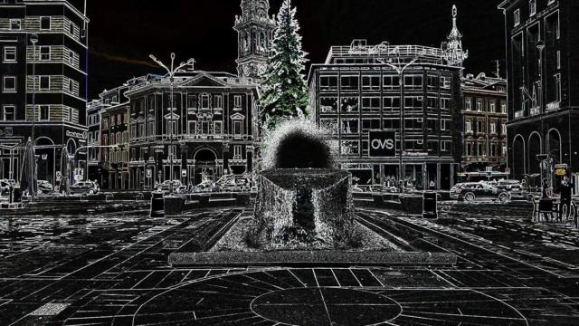 Piazza Monte Grappa effetti speciali